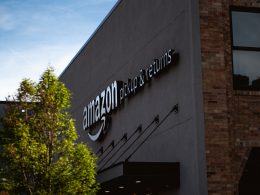Amazon - Pickups & Returns
